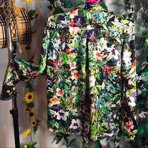 Zara floral floral ‼️🌸 🌺 Long sleeved blouse 💚